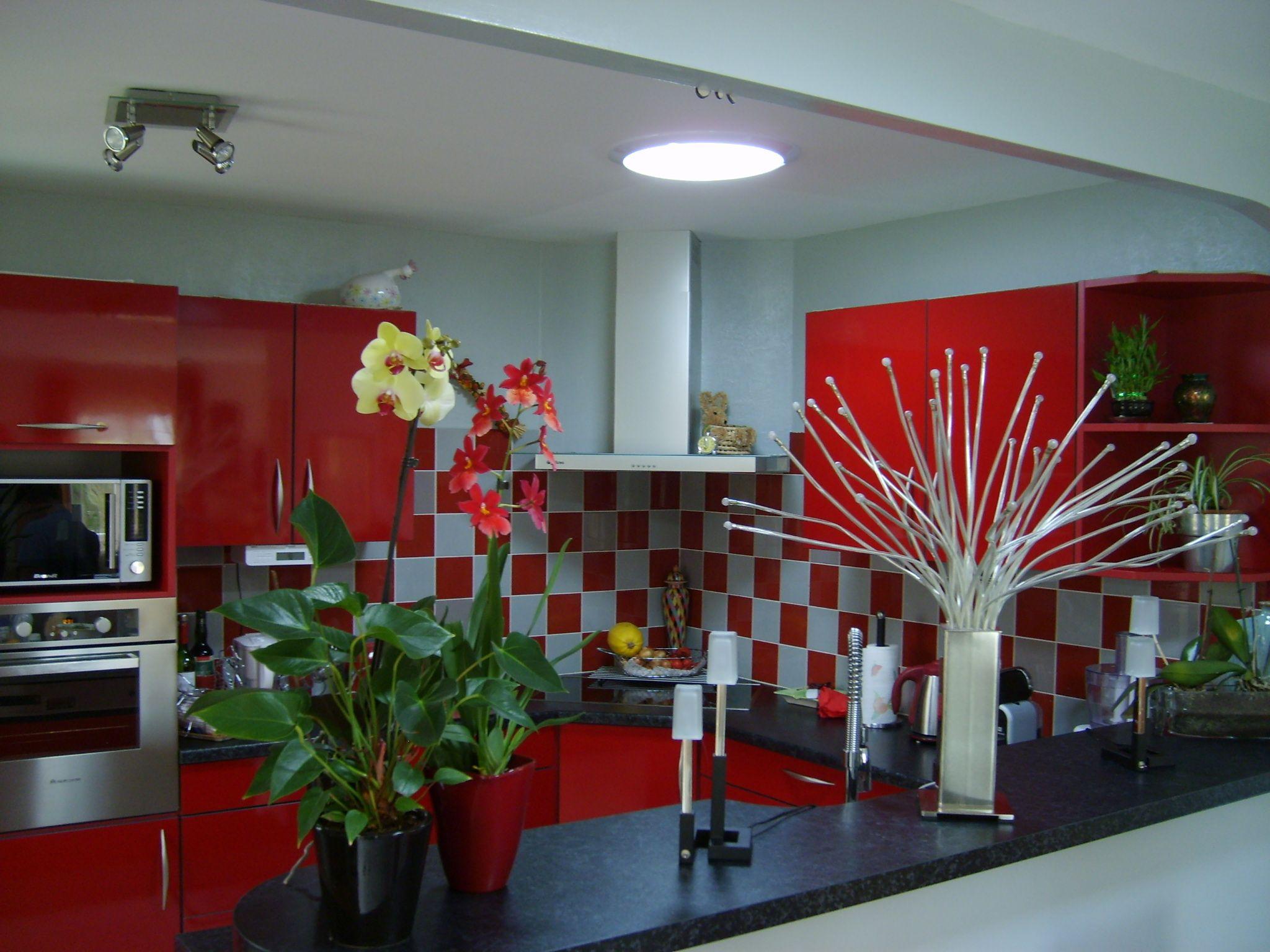 les puits de lumi re solarspot dans votre cuisine. Black Bedroom Furniture Sets. Home Design Ideas